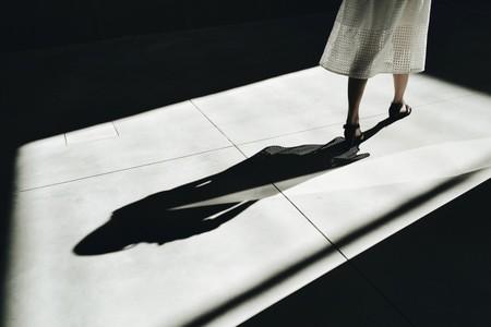 Un posible juicio por llevar minifalda y manga corta: así es ser mujer en Arabia Saudí