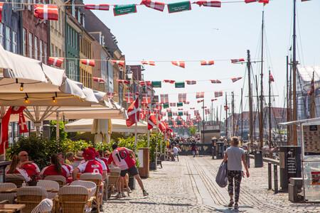 """El covid ya no es """"socialmente crítico"""" en Dinamarca. Es cuestión de tiempo que los demás vayamos detrás"""