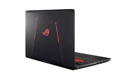 ASUS ROG Strix GL553VD-DM078T, un portátil para jugar por 999 euros en los Días Rojos de Mediamarkt