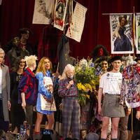 Desde el Brexit hasta el cambio climático, Vivienne Westwood vuelve a usar la pasarela para hablar de política en London Fashion Week 2019