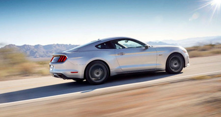 Ford-Mustang-2014-02
