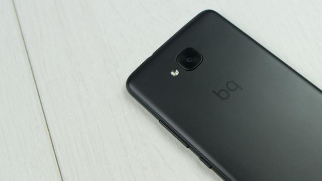 La plantilla del SAT de BQ se reduce a 77 técnicos: ¿a teléfonos más resistentes, menos reparaciones?