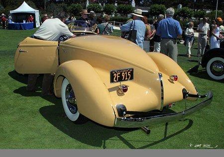 cordcorp-auburn851speedster1935-2b.jpg