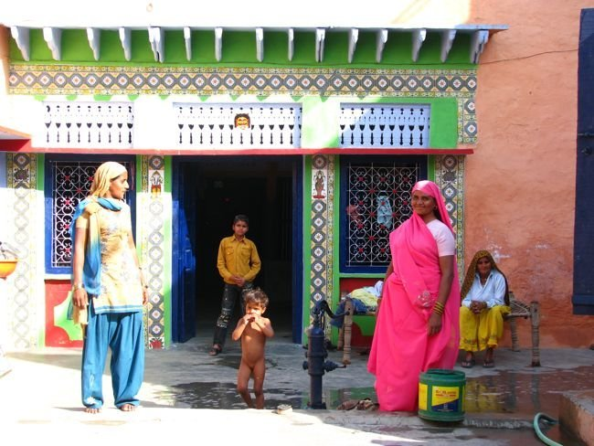 India, Holi