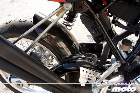 Ducati-sport-1000-guardabarros-trasero