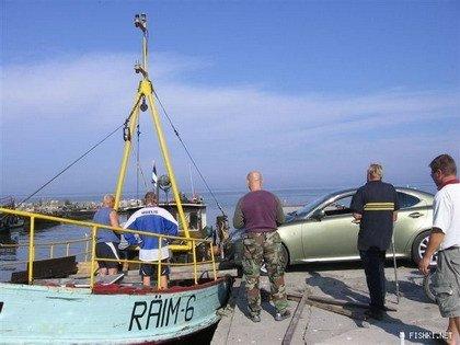 Cómo llevar montar tu coche en un ferry