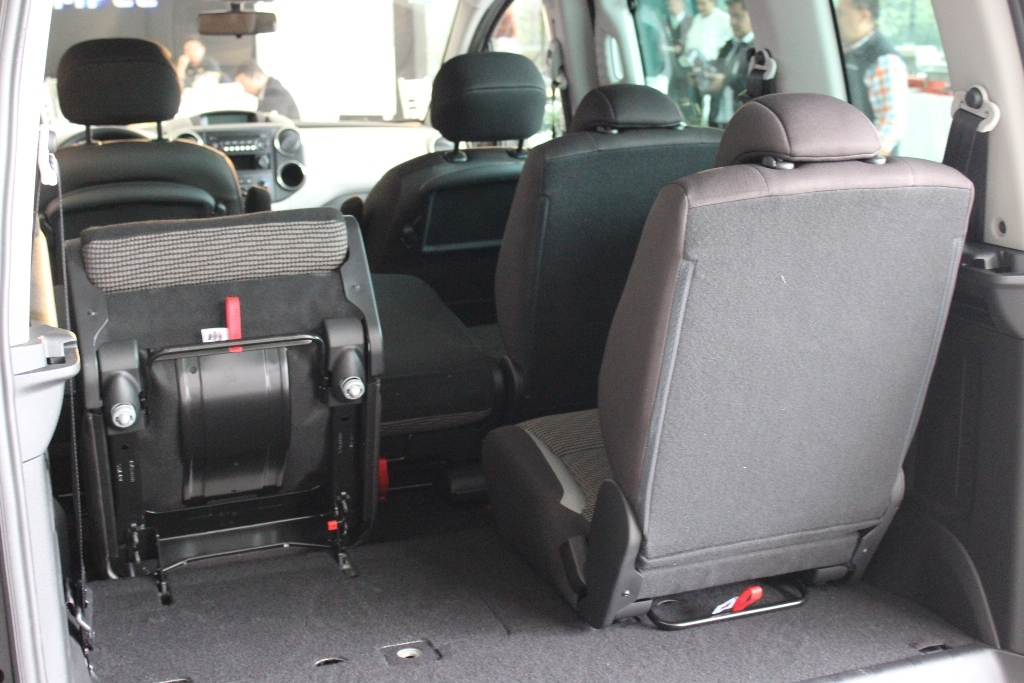 Peugeot 301 Fotos >> Llegan a México Peugeot 301 automático y Partner Tepee (10/21)