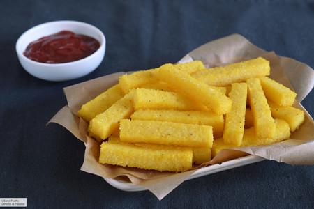 Palitos crujientes de polenta al horno: receta saludable de guarnición o picoteo (para sustituir las patatas fritas)
