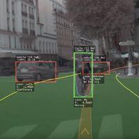 """París a los ojos de un Tesla: esto es lo """"ve"""" Autopilot para evitar obstáculos y mantenerse en el carril"""