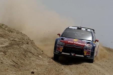 Jari-Matti Latvala y Sebastien Loeb luchan la victoria del Rally de Jordania