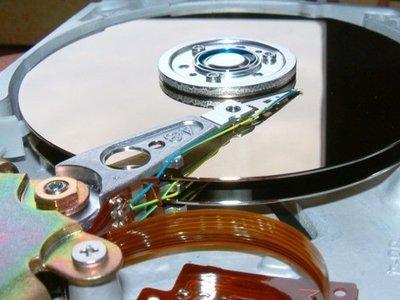 ¿No sabes que regalar en el día del padre? Toma nota de estos cinco discos duros con un precio bastante asequible
