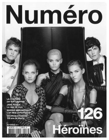Eran pocas y apareció Lagerfeld (en la portada de Numéro 126)