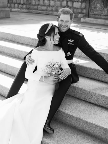 Tenemos las fotos oficiales de la boda del Príncipe Harry y Meghan Markle y son tan adorables como imaginábamos