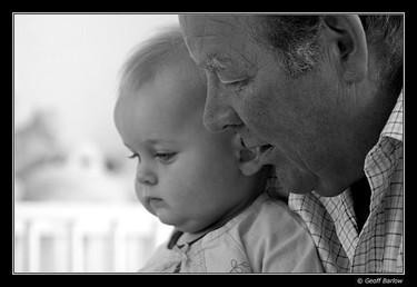 La foto de tu bebé en junio: con los abuelos