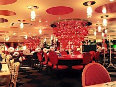 Los restaurantes de Alicia en el País de las maravillas en Tokio