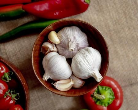 11 beneficios del ajo para tu salud. Un aliado contra el colesterol