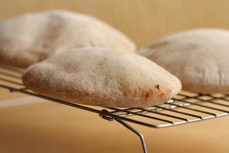 Pan de pita integral. Receta