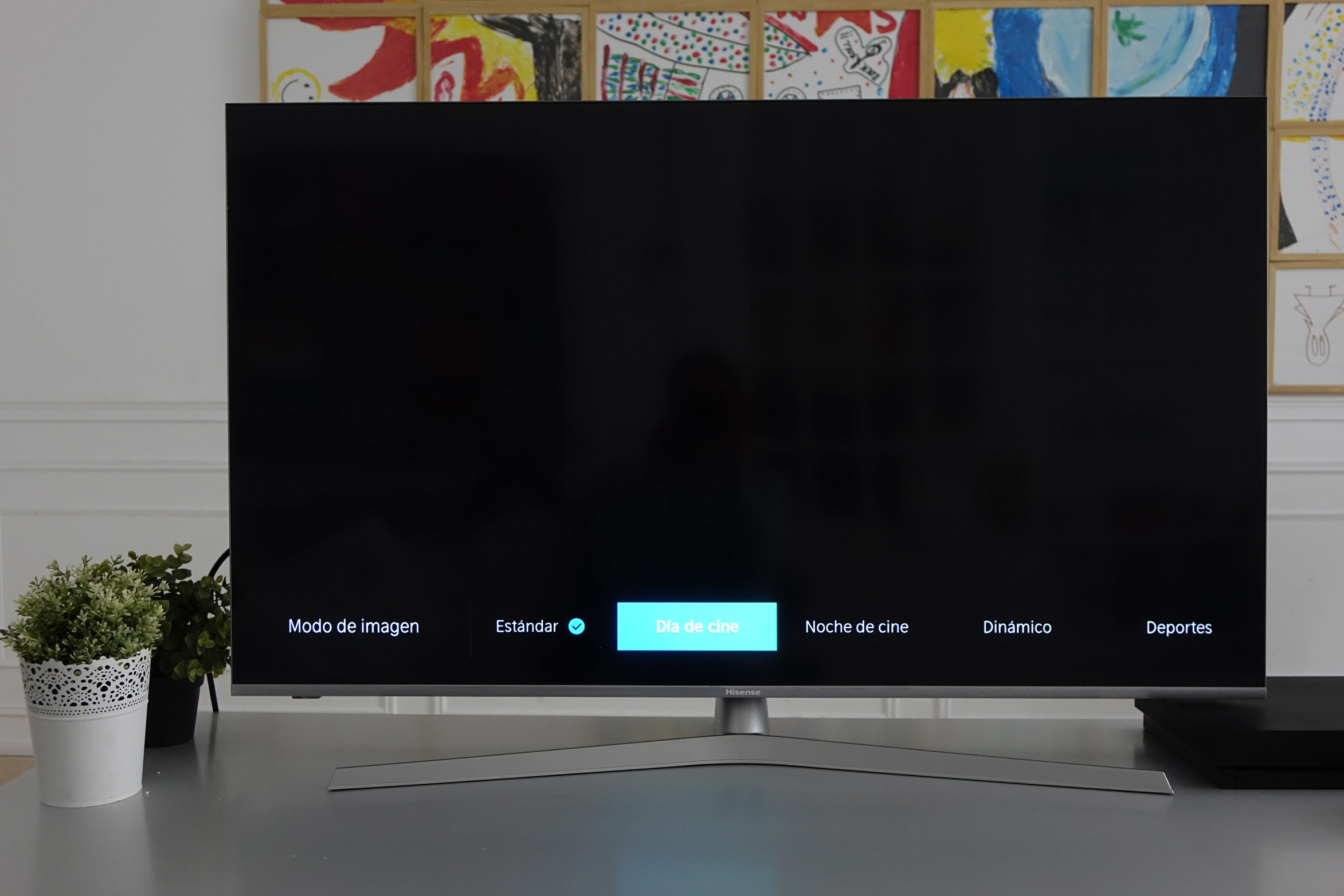 Foto de Televisor Hisense H50U7B ULED 4K UHD (10/48)