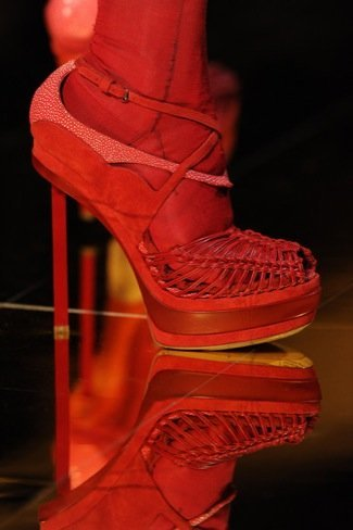John Galliano Primavera-Verano 2011 calzado
