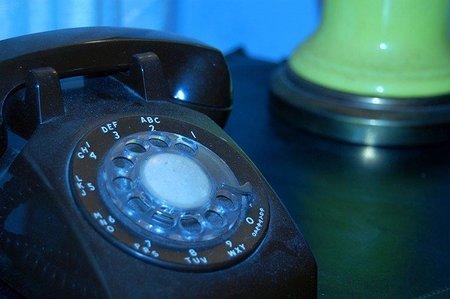 La AEAT permitirá el pago de deudas a través del teléfono a partir del próximo mes