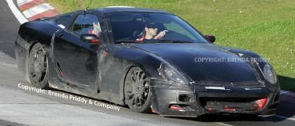 El Ferrari 600 Imola cazado