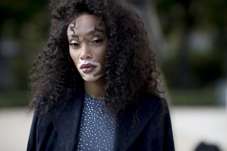 Belleza en estado puro: las calles de Paris nos dejan con looks de impresión durante su Semana de la Moda