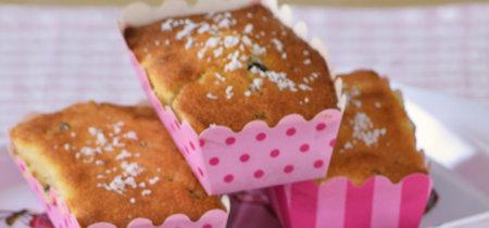 Pastelitos de coco con chips de chocolate: receta para la merienda