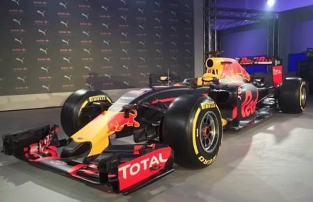 Red Bull presenta su impactante nueva decoración mate