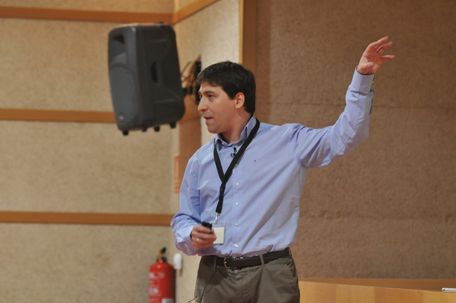 Federico Peinado, durante una conferencia. (Cedida por el autor)