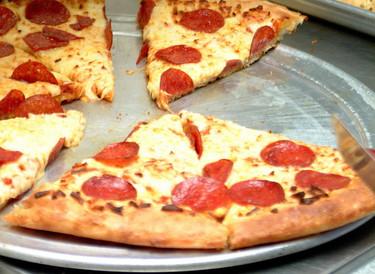 ¿Qué prefieres, una rebanada de pizza o una bebida nutricional? ¿Tu cerebro opina lo mismo?