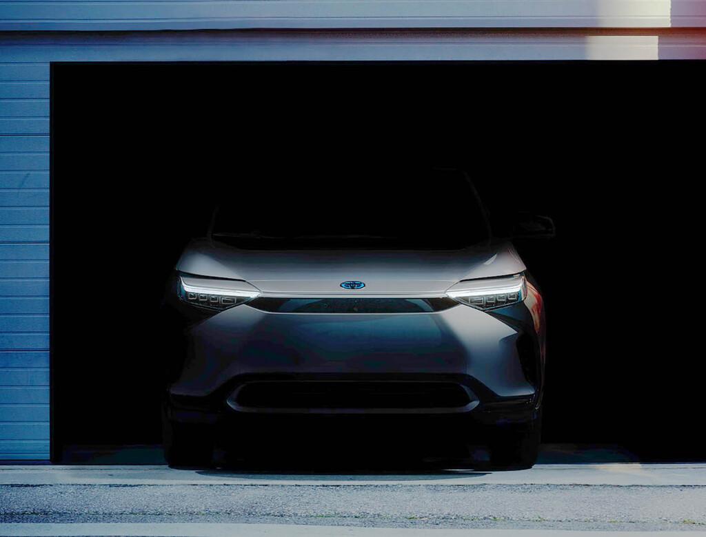 El nuevo Toyota BZ4X es el primer SUV eléctrico de Toyota y está al caer: lo veremos el 19 de abril
