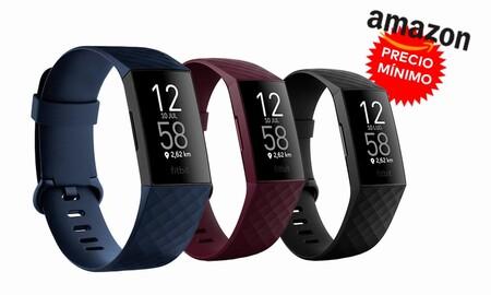 De nuevo a precio mínimo: adelantarte al Black Friday 2020 con la pulsera deportiva Fitbit Charge 4 sólo cuesta 99,95 euros en Amazon