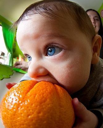 Las frutas en la alimentación infantil: la naranja y la mandarina