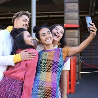 Aunque la distancia social impida hacernos selfies grupales, con esta aplicación de Apple podremos tomarlas en remoto