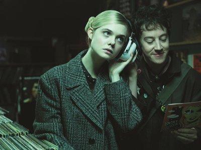 Syfy 2018 | 'How To Talk To Girls at Parties' derrocha energía pero no siempre sabe cómo canalizarla