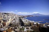 Visita a Nápoles para presenciar un milagro