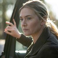"""El creador de 'Mare of Easttown' explica el final de la miniserie de HBO: """"es una tragedia"""""""