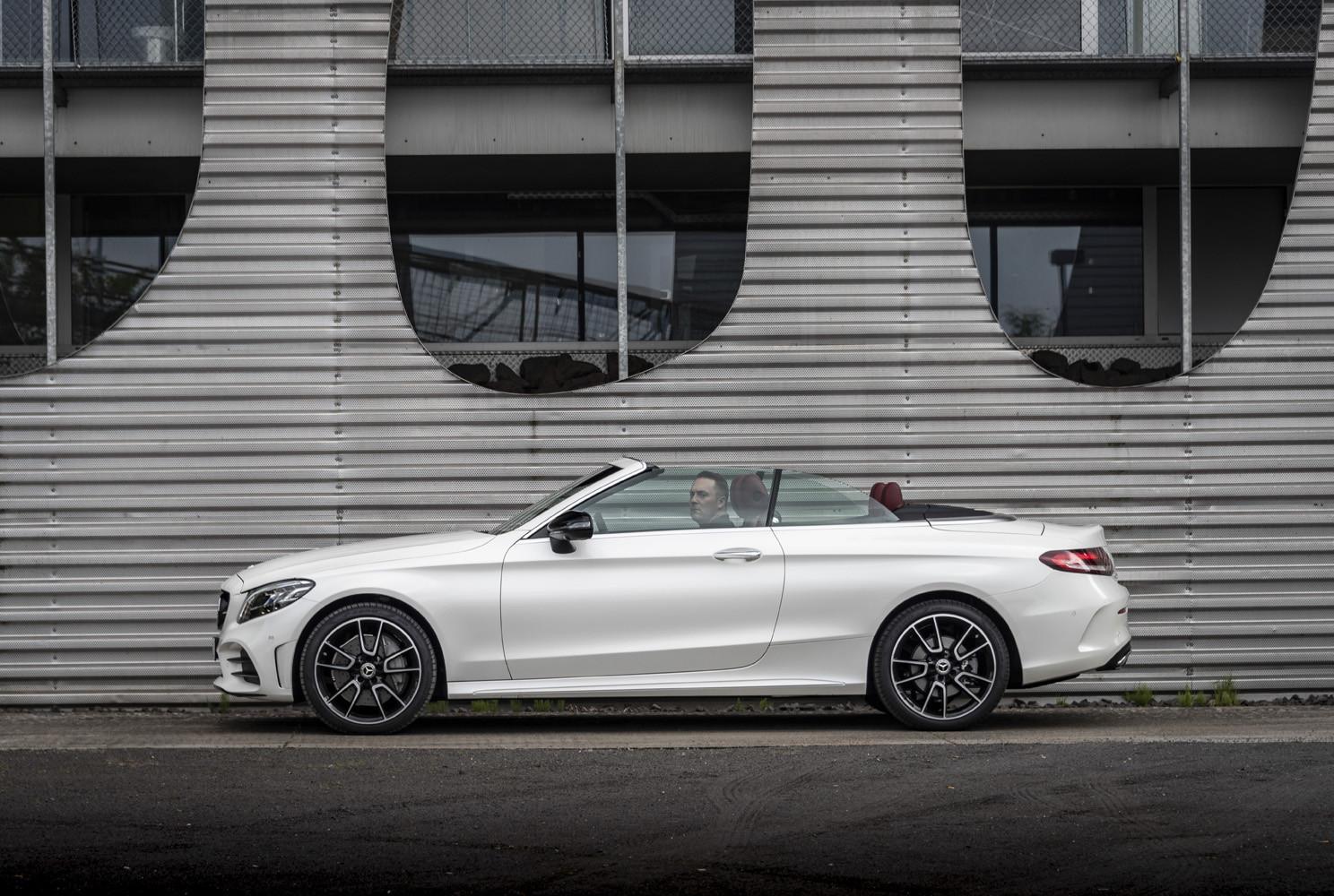 Foto de Mercedes-Benz Clase C 2018, toma de contacto (91/255)