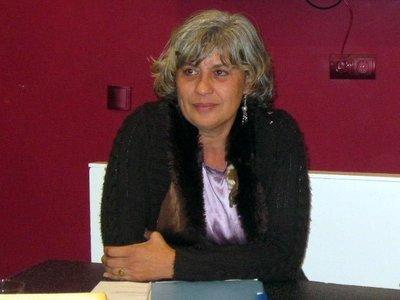"""""""La cocina transformó la vida de los hombres"""", entrevistamos a Ángeles Díaz, autora del libro Recetas con historia"""