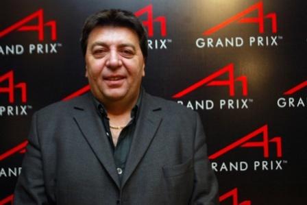 Tony Teixeira hace amigos en la Fórmula 1