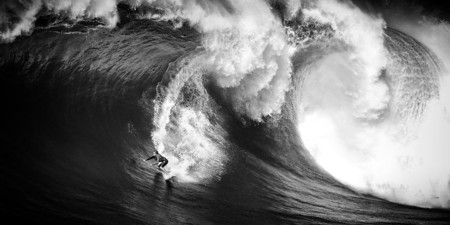 Ive Spent A Month In Hawaii Photographing Stunning Waves And Surfers 3 880