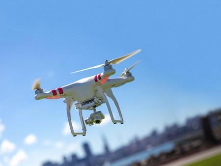 En Ensenada, Baja California, el uso de un dron por parte de la policía ha ayudado a disminuir en 10% la delincuencia
