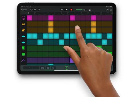 GarageBand para iOS también se actualiza con modo oscuro y soporte para dispositivos externos