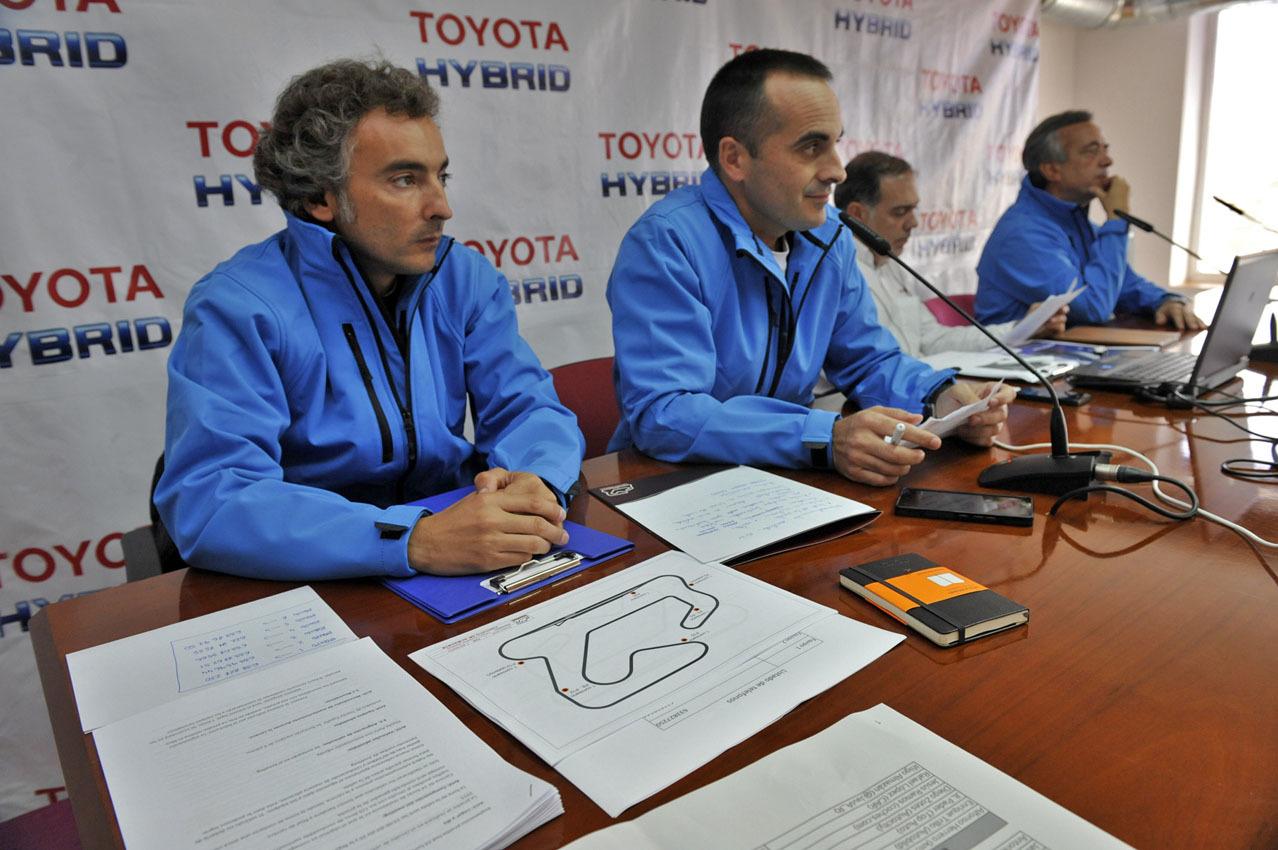 Foto de 24 Horas Híbridas de Toyota 2015 (29/234)