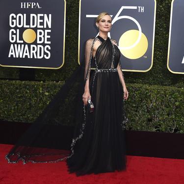 La capa del Prada de Diane Kruger la lleva volando a lo más alto de la noche de los Globos de Oro 2018