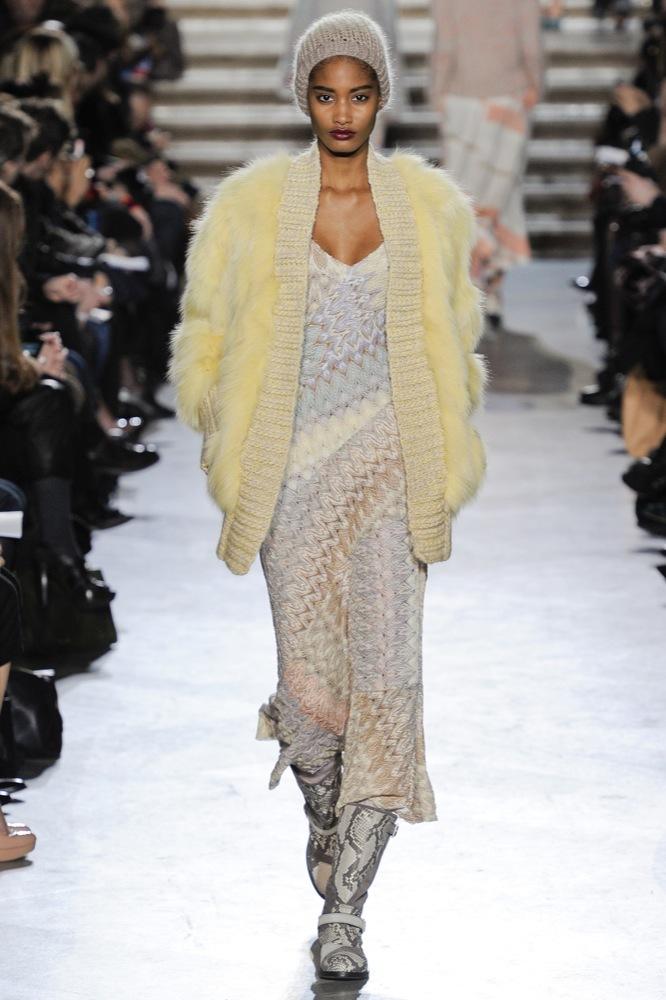 Foto de Missoni en la Semana de la Moda de Milán Otoño-Invierno 2011/2012: color boho chic (16/33)