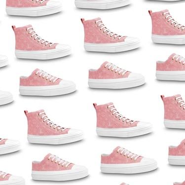 Louis Vuitton tiene unas zapatillas de deporte tipo Converse en rosa con su monograma que prometen levantar pasiones