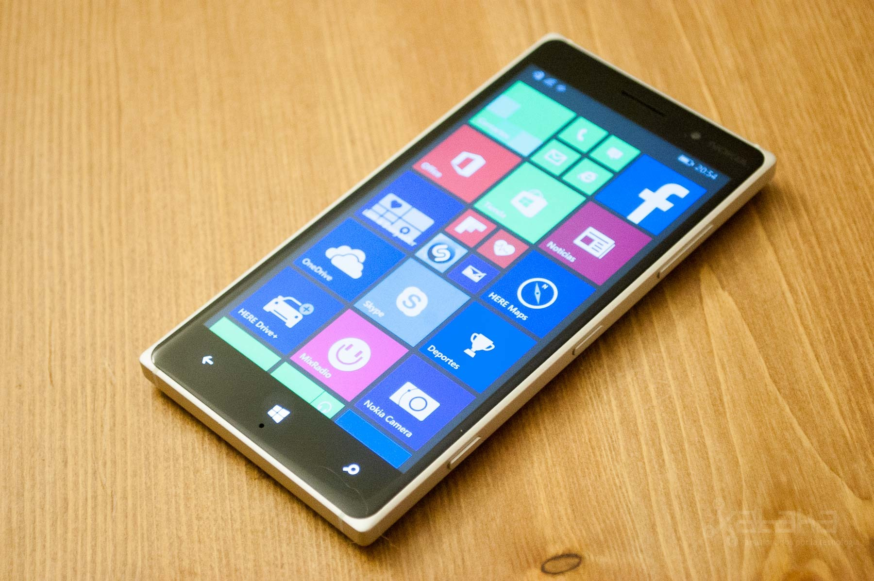 Foto de Nokia Lumia 735 y Lumia 830, análisis (14/28)