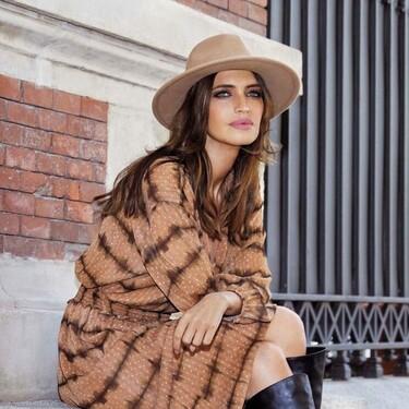 Cuatro vestidos midis de Slowlove que ya ha lucido Sara Carbonero y que prometen convertirse en básicos de este otoño