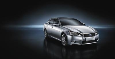 Lexus introduce el GS300h en el salón de Shanghái